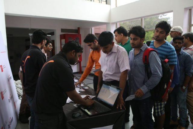 folks getting registered at at payoneer forum delhi India