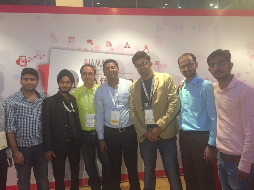 Bloggers at india affiliate summit