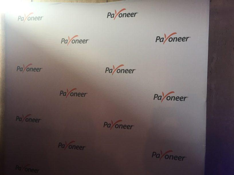 Payoneer Team gold sponsor India Affiliate Summit 2015 Delhi