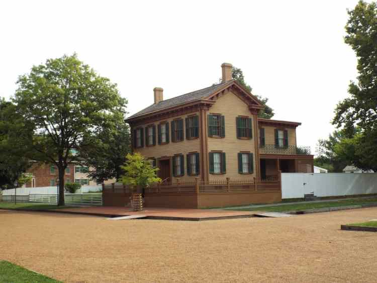 Abraham Lincolns house in Springfield Illinos