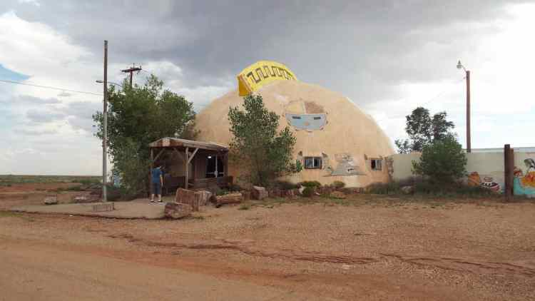 abandoned and derelict meteor trading post on route 66 in Arizona