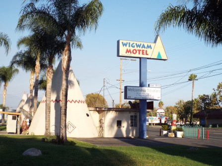 Sign at the wigwam motel california