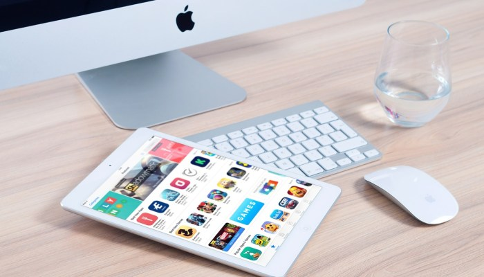 12 Best Apps for Your Blogging Business