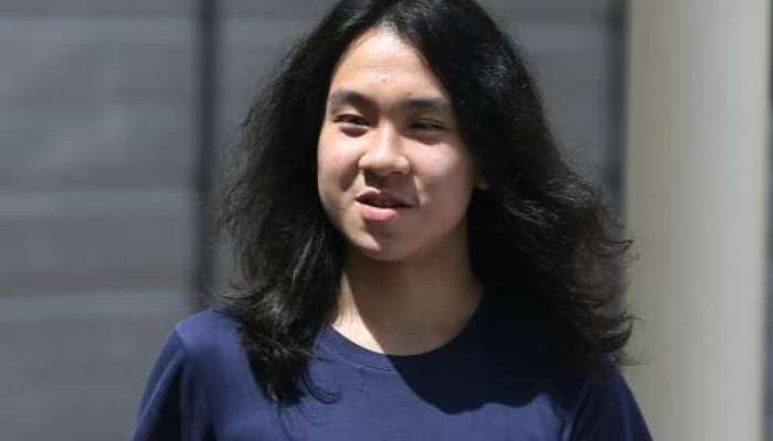 Controversial Blogger Amos Yee Detained In The United States