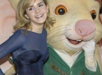 'Teen Vogue': Emma Watson fue la Celebridad Mejor Vestida de Diciembre de 2008!