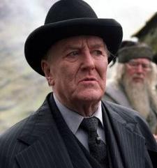 Robert Hardy Confirma que no Regresará en 'Harry Potter y el Misterio del Príncipe'
