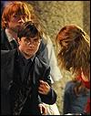 Escena Completa de 'Las Reliquias, Parte I': Harry, Ron y Hermione en Londres