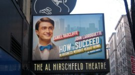 Nuevas Imágenes Promocionales de Daniel Radcliffe en 'How to Succeed in Business Without Really Trying'