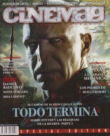 Scans de la Edición Especial de 'Harry Potter y las Reliquias de la Muerte, Parte II' de la Revista 'CINEMAG'