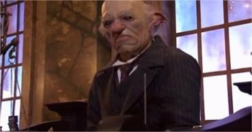 Video: Duende de Gringotts nos Invita a Crear una Mágica Cuenta Bancaria!