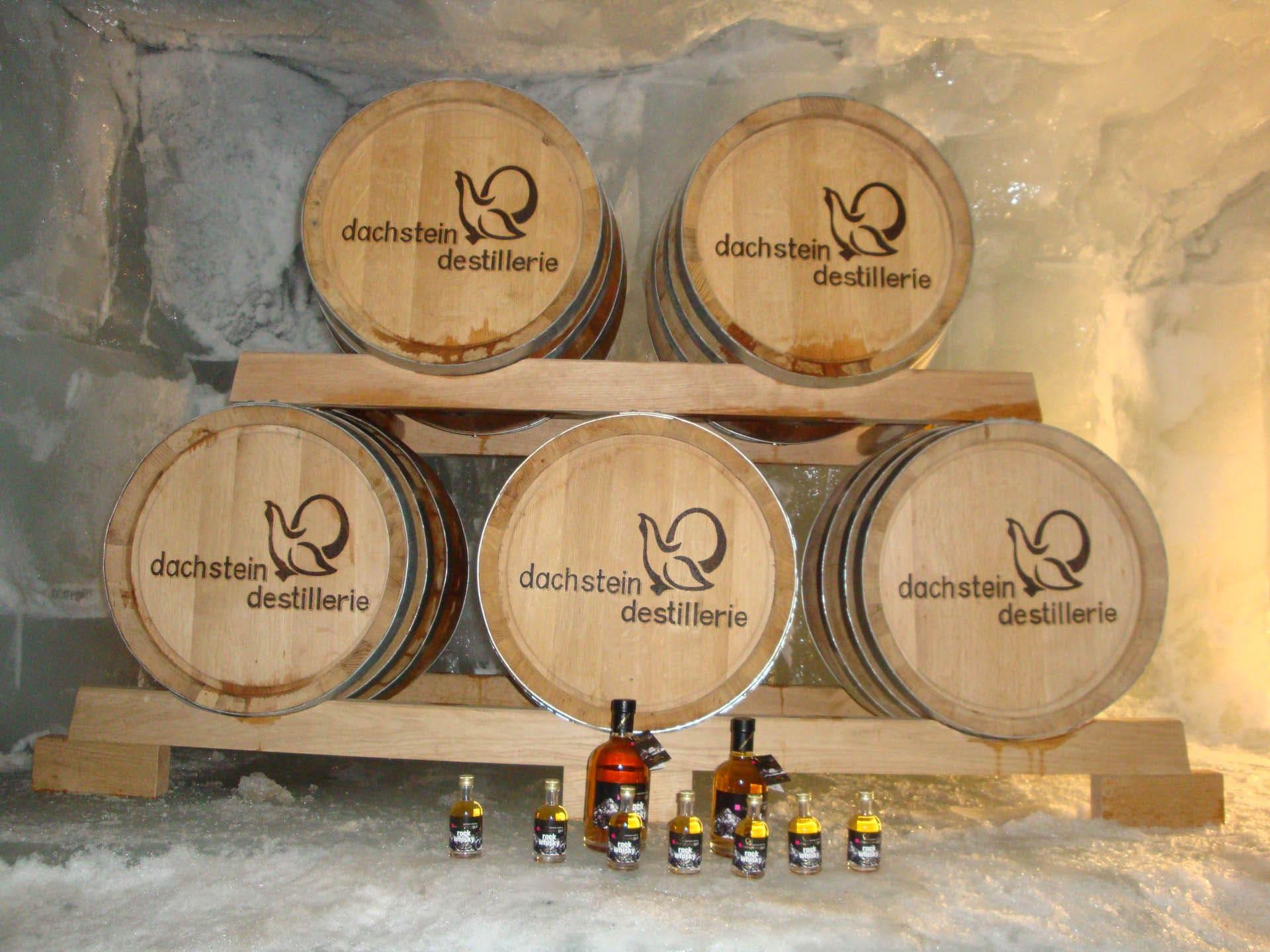 Die Dachstein Destillerie am Mandlberggut - Feinste Schnäpse aus bestem Gebirgswasser gebrannt blogHuette.at image 16