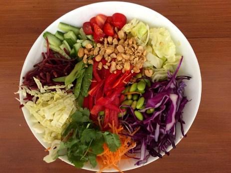 Crunchy detox asian-style salad