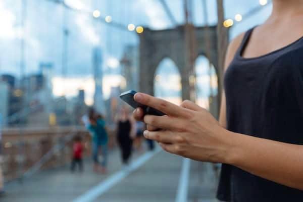Come capire se una foto è presa da Internet da smartphone