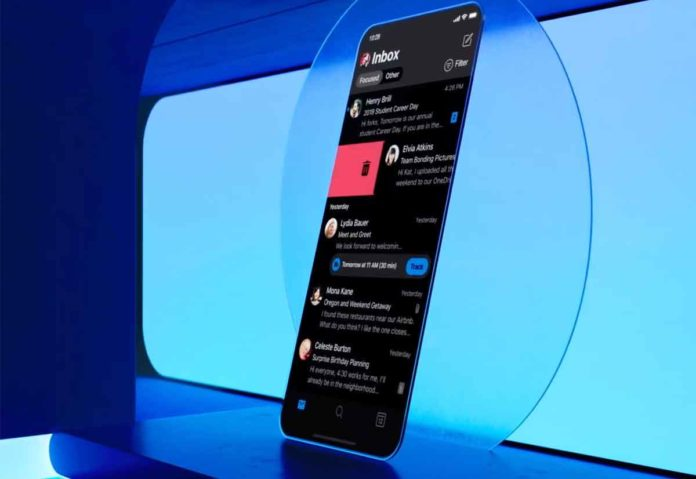 Come attivare la dark mode su iPhone 11