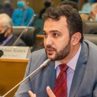 Yglésio solicita investigação no processo de vacinação em São Luís