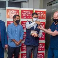 Presidente da Assembleia acompanha chegada de lote da vacina contra o coronavírus no Maranhão