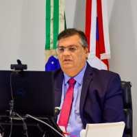 """""""A prioridade da vacinação sempre deve ser para o sistema público"""", assegura Flávio Dino"""