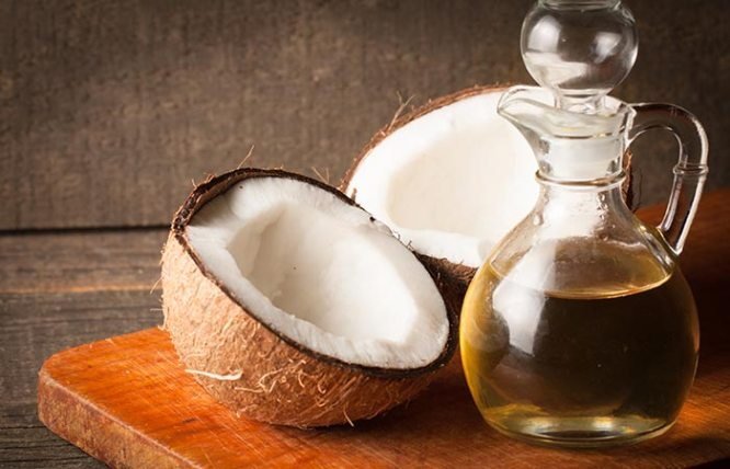Castor Oil and Coconut Oil for Dark Circles