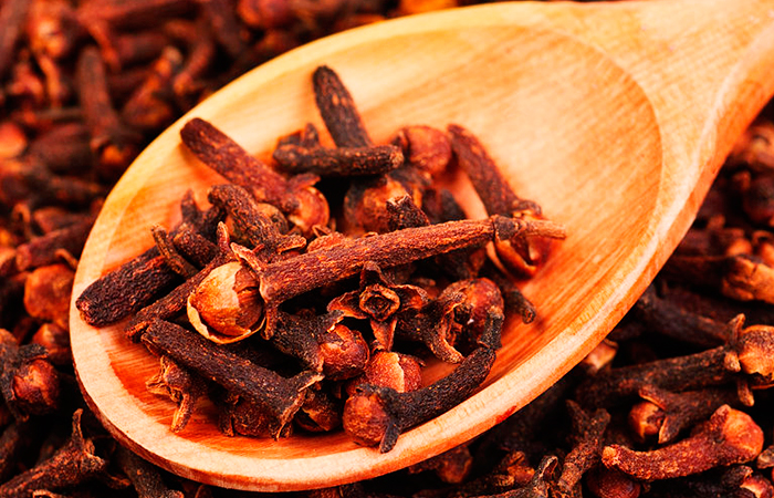 cloves-for-sore-throat