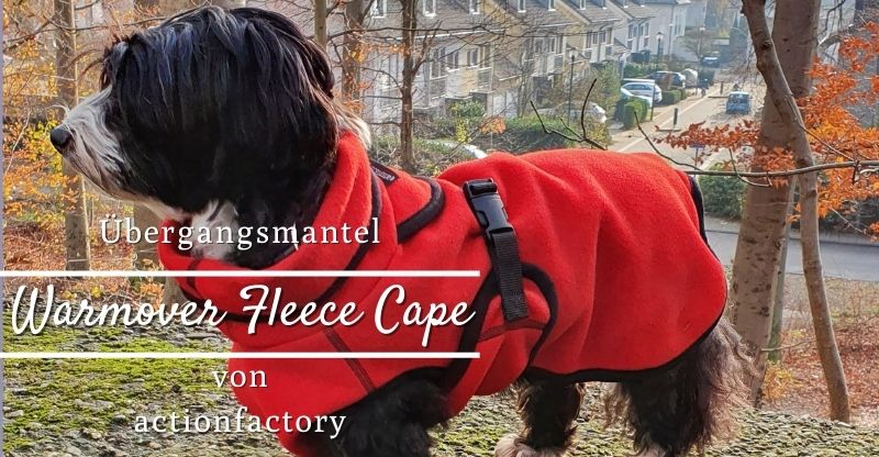 Read more about the article actionfactory Warmover Fleece Cape – Übergangsmantel für Hunde