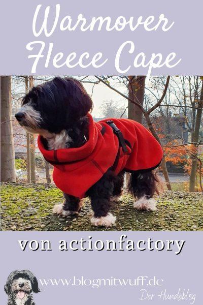 Warmovercape von actionfactory