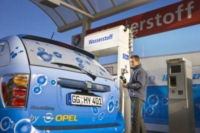 gm-opel-hydrogen4-sulle-strade-europee-mobilita-sostenibile-fuel-cell-idrogeno-04