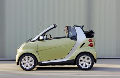 ginevra-2009-smart-fortwo-edition-limited-three-01