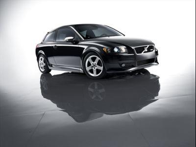 volvo-c30-s40-e-v50-drive-disponibile-il-pacchetto-r-design-01