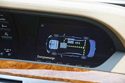 mercedes-classe-s-400-hybrid-prima-ibrida-al-mondo-con-la-tecnologia-delle-batterie-agli-ioni-di-litio-03