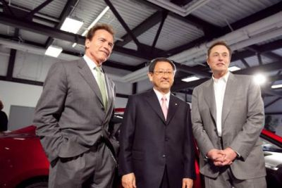 Auto elettriche (EVs) accordo tra Toyota Motor Corporation e Tesla Motors