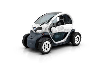 Renault leader del Salone di Parigi in tema di mobilità sostenibile 02