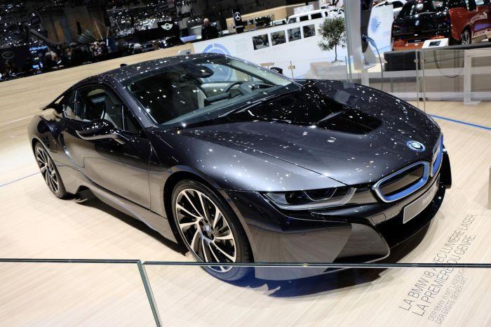 A giugno le consegne di BMW i8, supercar con consumi da utilitaria 1