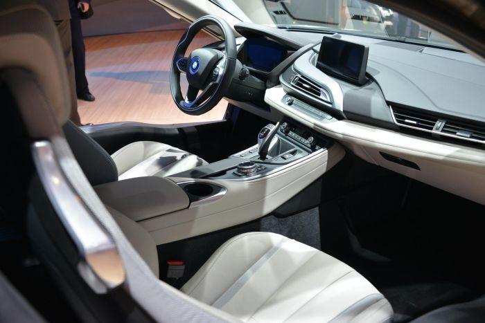 A giugno le consegne di BMW i8, supercar con consumi da utilitaria 11