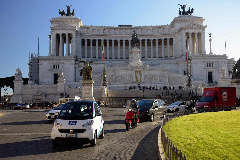 Happy Birthday car2go! Il car sharing a flusso libero di car2go compie 1 anno a Roma