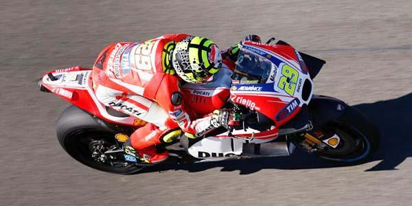 Andrea Iannone tercepat di FP3 MotoGP Valencia