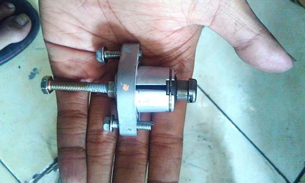 Tensioner Lifter