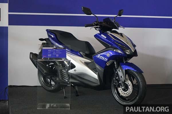 Yamaha Aerox 155 samping