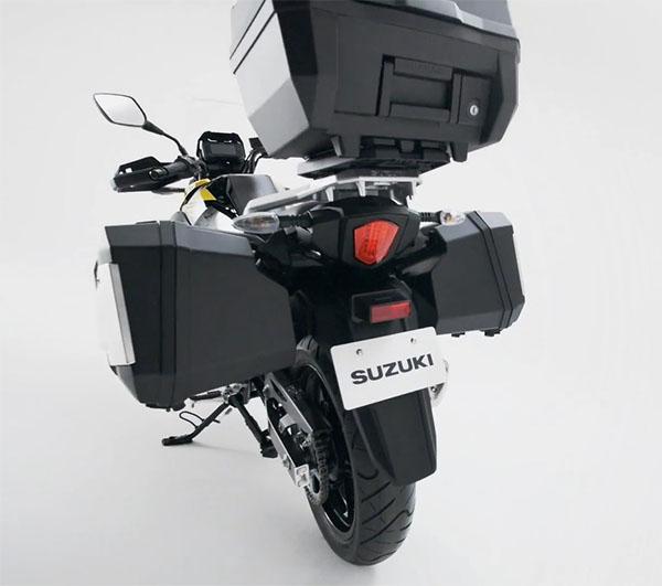 Suzuki V-Strom 250 view dari Belakang