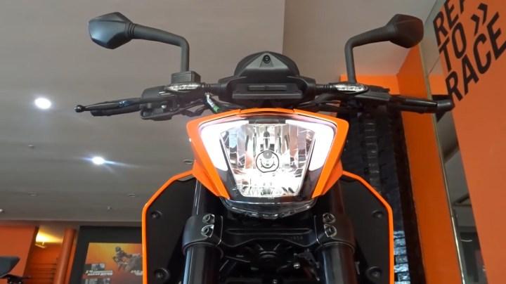 Headlamp KTM Duke 250 2017
