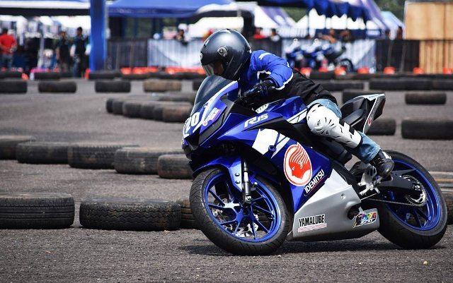 Yamaha R15 v3 @allnewr15nation