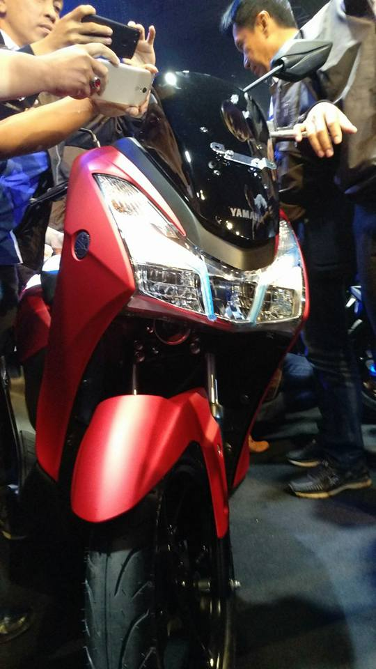 Tampilan Yamaha Lexi tampak depan