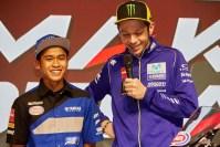 Valentino Rossi dan Galang Hendra