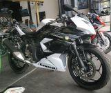 Kawasaki Ninja 250 Mono dijual murah cuci gudang