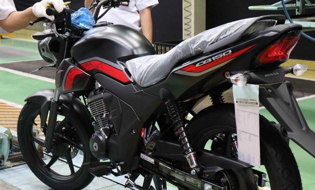 Honda CB150 Verza warna Hitam Doff