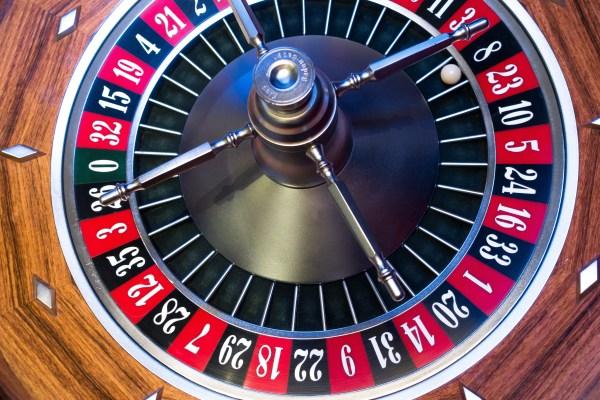 roulette-roulette-wheel-ball-turn