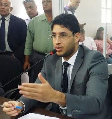 Roberto Jr. propõe criação do Dia Municipal da Água