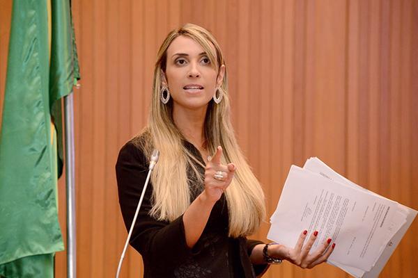 Andrea Murad quer discussão sobre nova proposta de rateio do ICMS aos municípios