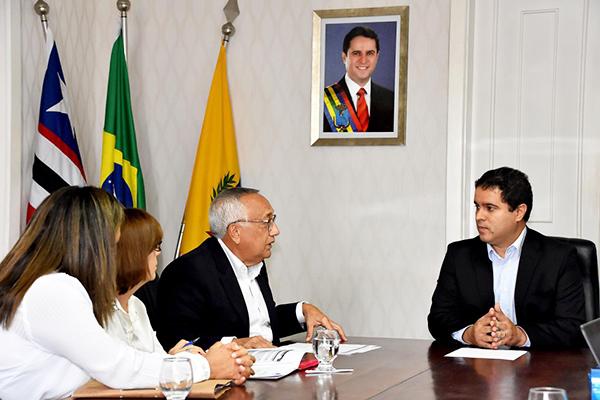 Prefeito Edivaldo recebe visita do Fundo Nacional de Desenvolvimento da Educação