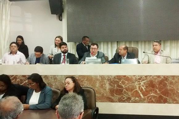 Vereadores Honorato Fernandes (PT) e Ivaldo Rodrigues (PDT) participam de audiência pública