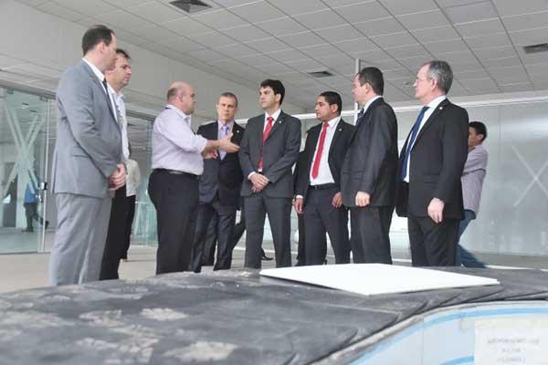 Deputados cobram informações sobre apagão e entrega das obras de ampliação do aeroporto